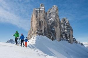 Schneeschuhwandern ist auch im Hochpustertal eine herrliche Alternative zum alpinen Skifahren. – Foto: Harald Wisthaler