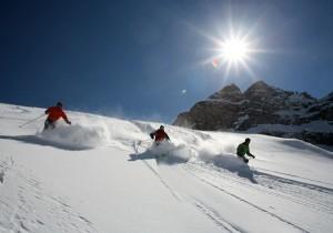 Pulverschnee und blauer Himmel - etwas Schöneres gibt es für einen Wintersportler wohl nicht.