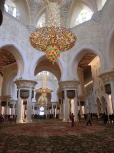 Das Innere der Weißen Moschee ist an Prunk nicht zu überbieten. - Foto: Dieter Warnick
