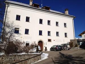 Im Schloss Thurn ist heute das Rathaus und das Gemeindeamt untergebracht. – Foto: Helene Thaler