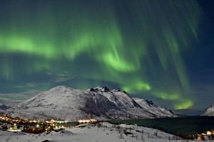Die Lichtspiele im hohen Norden Europas sind etwas ganz Besonderes. – Foto: Bjørn Jørgensen / visitnorway.com