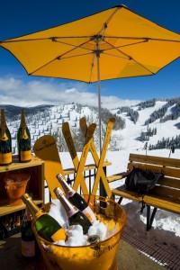 """Wer prickelnde Pausen liebt, wird sich über die mobile Champagner-Bar """"The Oasis"""" freuen. - Foto: Aspen Snowmass"""