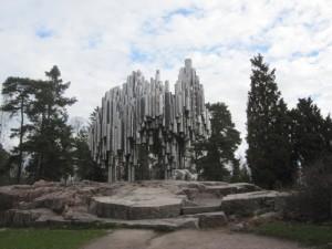 Das Sibelius-Denkmal ist dem berühmten finnischen Komponisten Jean Sibelius (1865-1957) gewidmet; es befindet sich im Sibelius-Park von Helsinki.