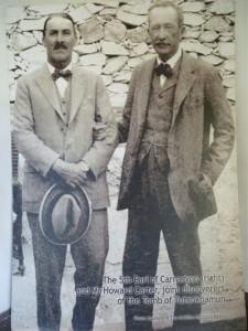Der britische Archäologe Howard Carter und sein adeliger Sponsor Lord Carnarvon.