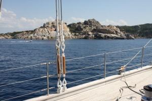 Beeindruckender Anblick: die Felsküste im Norden Sardiniens.