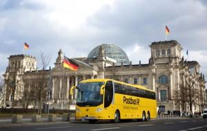 Der Postbus steuert vom Tegernsee aus Großstädte in der ganzen Republik an. - Foto: Tegernseer Tal Tourismus GmbH /  Deutsche Post DHL