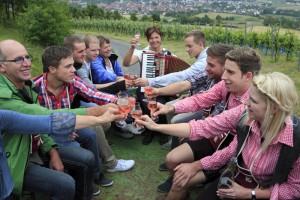 """Geselligkeit und Gemütlichkeit werden im Taubertal groß geschrieben. – Foto: Tourismusverband """"Liebliches Taubertal""""/Peter Frischmuth"""