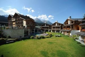 Das Dolce Vita Family Chalet Post Alpina besteht aus einem Haupthaus und zehn sogenannten Chalets.