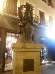 Statue Flamenco-Tänzerin in Sevilla. Foto: Kraus