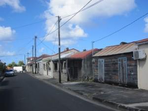 Auf Marie Galante wohnt man bescheiden. Der internationale Tourismus hat die Insel noch nicht vereinnahmt.