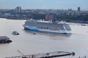 Bei einer Transatlantik-Kreuzfahrt ist der Anreiseweg schon ein Erlebnis. Foto: istock.com/Lya_Cattel