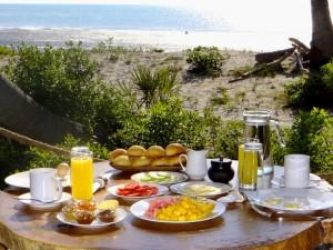 Frühstück mit Meerblick.