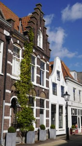 Die malerische Altstadt von Naarden lädt zum Bummel ein.