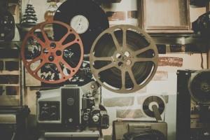Jahr für Jahr warten Filmfans, Schauspieler und Regisseure gespannt auf die Vorführungen der Berlinale. Foto: Unsplash / pixabay.com (CC0 Public Domain)
