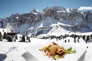 Skifahren mit Genuss hat in Alta Badia mittlerweile schon Tradition. - Foto: Enno Kapitza