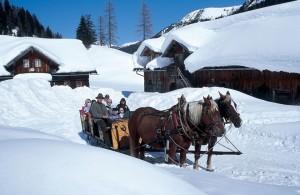 Wer es romantisch haben will, für den ist eine Fahrt mit dem Pferdeschlitten eine gute Alternative zum alpinen Skisport. – Foto: Tourismusverband Obertauern