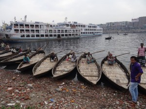 Am Fluss Buriganga.