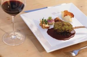 Die Südtiroler Küche geniept einen sehr hohen Stellenwert. - Foto: Südtirol Marketing / Frieder Blickle