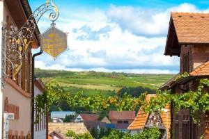"""Das Restaurant """"Scharfes Eck"""" ist über die Grenzen hinaus beliebt und besticht mit seiner individuellen Note aus Stil und Gemütlichkeit. - Foto: Logis-Pfalzhotel Asselheim"""