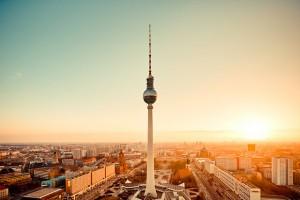 Der Berliner Fernsehturm (Quelle: Flickr – Butz.2013 / CC BY 2.0)