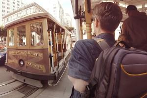 Bewegte Szenen sorgen für tolle VR-Erlebnisse. Hier sieht man den Protagonisten in einem Cable Car. Foto: Lufthansa