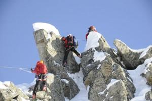 Der Winterklettersteig bei St. Anton am Arlberg ist nur für Tourengeher mit ausreichend Erfahrung im hochalpinen Gelände geeignet. - Foto: TVB St. Anton am Arlberg/Thomas Klimmer
