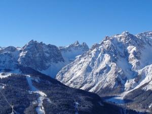 Dem Skifahrer wird die Suche nach dem idealen Skigebiet (hier das Hochpustertal) leicht gemacht. - Foto: Dieter Warnick