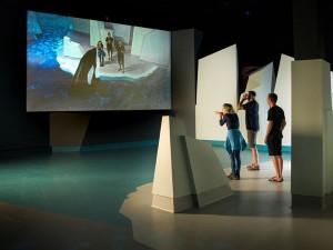 Multimedia-Effekte und 3D-Hologramme nehmen die Besucher auf eine Reise durch das Südpolarmeer in die Antarktis mit. - Foto: Phillip Island National Park