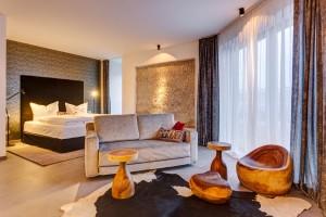 Die Studios und Suiten verteilen sich auf die vier Etagen des Bunkers und jedes Zimmer hat seinen eigenen persönlichen Charme und Stil.