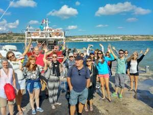 Sprachschüler bei einem Ausflug auf Malta - für Spaß ist gesorgt!