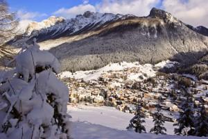 """Von Moena aus ist es ein Katzensprung ins Skigebiet Alpe Lusia - San Pellegrino. Dort findet sich sogar eine """"Piste der Verliebten"""". - Foto: Angeli"""