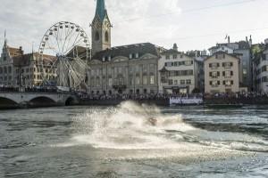 Die Ufer der Limmat verwandeln sich zu einem gigantischen Festplatz. - Foto: Zürich Tourismus