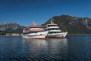 """Das Traditionsunternehmen Achenseeschiffahrt cruist mit fünf Schiffen über das """"Tiroler Meer"""". - Foto: Achensee Tourismus"""