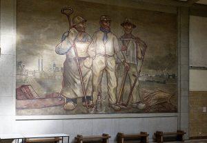 Das Gemälde von Karl Heiduck in der ehemaligen Lohnhalle der Zeche ist erhalten geblieben. Es symbolisiert den Zusammenhalt und die Gemeinsamkeit von Bauer, Handwerker und Bergmann in Dinslaken-Lohberg.