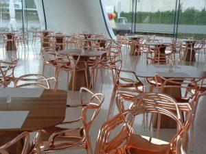 Stylisch geht es auch im Kristallwelten-Restaurant zu. - Foto: Dieter Warnick