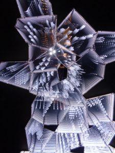 """Kristall wohin man schaut: In der Wunderkammer """"Into Lattice Sun"""" hat sich ..."""