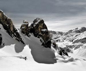 """Neu ab dieser Saison: Mit dem """"Epic Pass"""" der Vail Resorts/USA können Wintersportfans auch drei Tage lang kostenlos über die Pisten von Ski Arlberg schwingen. - Foto: Arlberg Marketing GmbH / Josef Mallaun"""