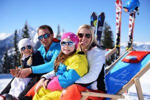 Allen Grund fröhlich zu sein haben Familien, die sich entschlossen haben, in St. Johann Alpendorf ihren Urlaub zu verbingen. - Foto: Tourismusregion Sankt Johann-Alpendorf