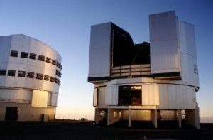 Das Very Large Telescope in Chile, geöffnete Teleskopkuppel. Foto: Christian Wolter