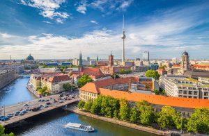 Berlin wie man es kennt - doch die Hauptstadt kann auch immer wieder mit Geheimtipps aufwarten. Foto: ©canadastock/shutterstock