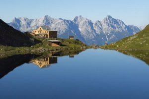 : Beste Lage: Das Wildseeloderhaus auf 1854 Metern Höhe. - Foto: Toni Niederwieser