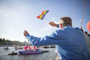 Das Highlight der Amsterdam Gay Pride ist mit Abstand die Canal Parade. Foto: Melanie Lemahieu | shutterstock.com