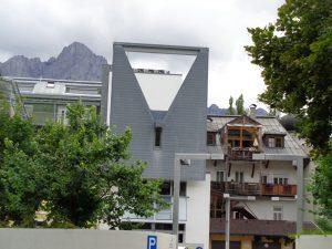 """Das """"Abraham-Haus"""" gehört zu den den wichtigsten Sehenswürdigkeiten von Lienz. - Foto: Dieter Warnick"""