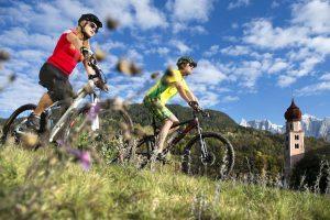 Die Seiser Alm bietet spektakuläre Strecken und fantastische Panoramen. - Foto: Seiser-Alm-Marketing / Helmuth Rier