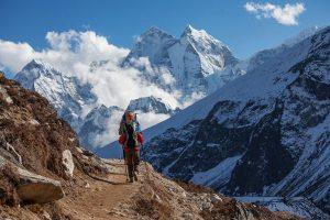 Unterwegs auf dem Dach der Welt bietet Nepal Touren aller Herausforderungen. - Foto: My Good Images / Shutterstock
