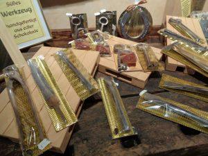 Süßes Werkzeug, handgefertigt aus edler Schokolade. - Foto: Dieter Warnick