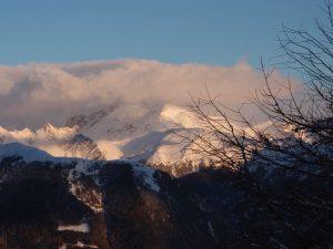Der Blick vom Rosskopf, dem Hausberg der Sterzinger, auf die umliegenden Berge ist eine Augenweide.