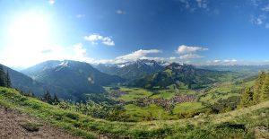 Bad Hindelang vom Hirschberg aus gesehen. - Foto: Bad Hindelang