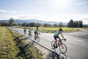 Rennradfahrer kommen im Fichtelgebirge voll auf ihre Kosten. - Foto: Tourismuszentrale Fichtelgebirge | © Florian Trykowski | Fotografie | © Nordic Music Photography