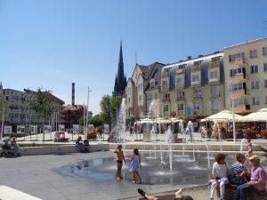 Swinemünde ist eine moderne Stadt. Zahlreiche Brunnen prägen das Bild der Fußgängerzone. - Foto: Dieter Warnick